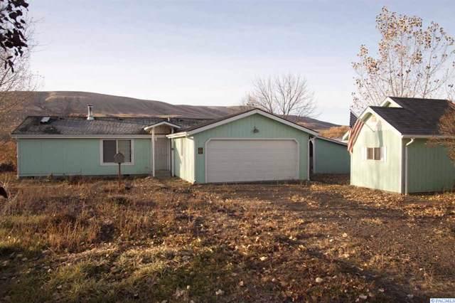 22590 Ahtanum Rd, Yakima, WA 98903 (MLS #241781) :: Dallas Green Team
