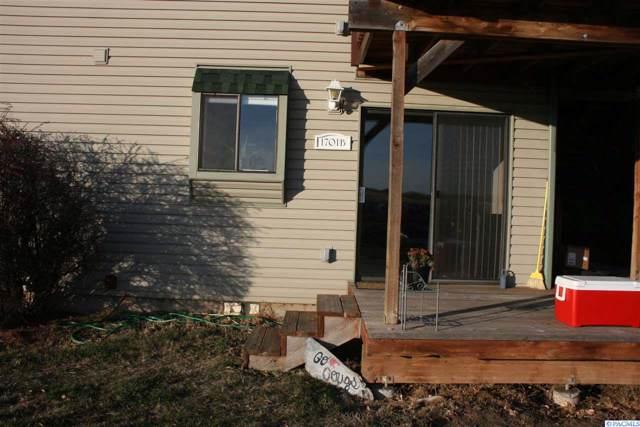 1701 NW Lamont Ct, Pullman, WA 99163 (MLS #241834) :: The Lalka Group