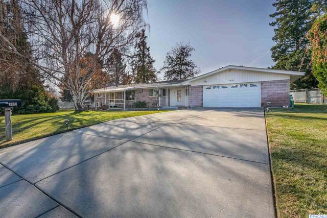 1297 Grosscup Blvd, West Richland, WA 99353 (MLS #241853) :: The Lalka Group