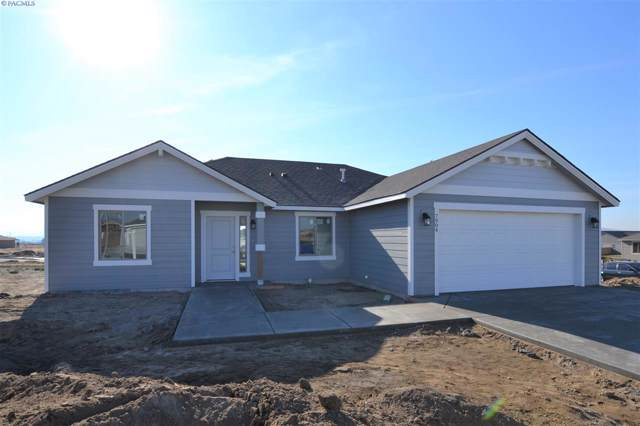7904 Waxwing Dr, Pasco, WA 99301 (MLS #241911) :: The Phipps Team