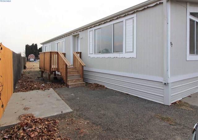 3324 W 19th Ave, Kennewick, WA 99338 (MLS #241928) :: The Lalka Group