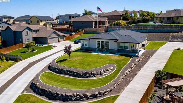 5955 W 37th Pl, Kennewick, WA 99338 (MLS #241978) :: Premier Solutions Realty