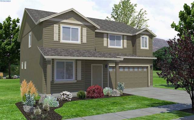 3046 Duval Lp., Richland, WA 99352 (MLS #242030) :: The Lalka Group