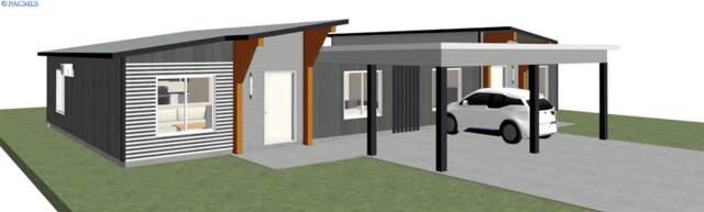 513 S Cedar Avenue, Pasco, WA 99301 (MLS #242174) :: Community Real Estate Group
