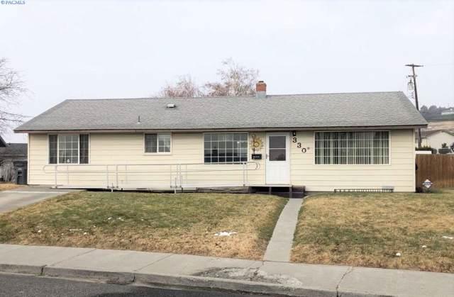330 W Lincoln Ave, Sunnyside, WA 98944 (MLS #242341) :: Columbia Basin Home Group
