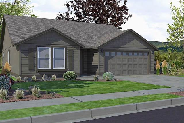 3713 Road 80, Pasco, WA 99301 (MLS #242376) :: Dallas Green Team