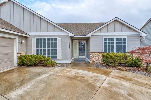 1205 S Jefferson Place, Kennewick, WA 99338 (MLS #242394) :: Premier Solutions Realty
