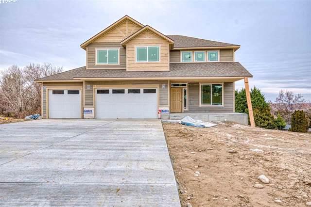 387 E 34th Court, Kennewick, WA 99337 (MLS #242641) :: Community Real Estate Group