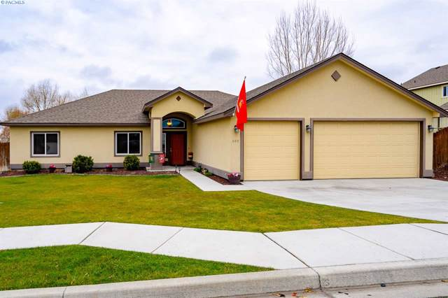480 Charbonneau Dr, Richland, WA 99352 (MLS #242686) :: Community Real Estate Group