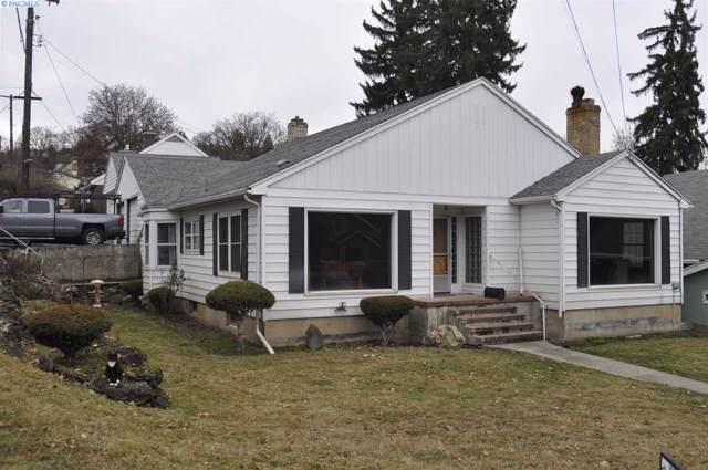 810 S Mill Street, Colfax, WA 99111 (MLS #242750) :: Community Real Estate Group