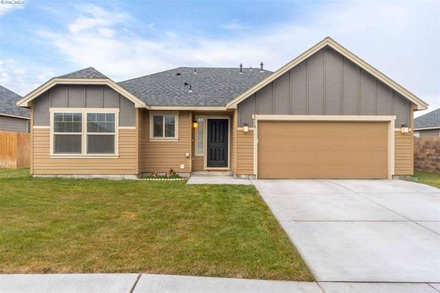 3910 Montgomery Lane, Pasco, WA 99301 (MLS #242776) :: Dallas Green Team