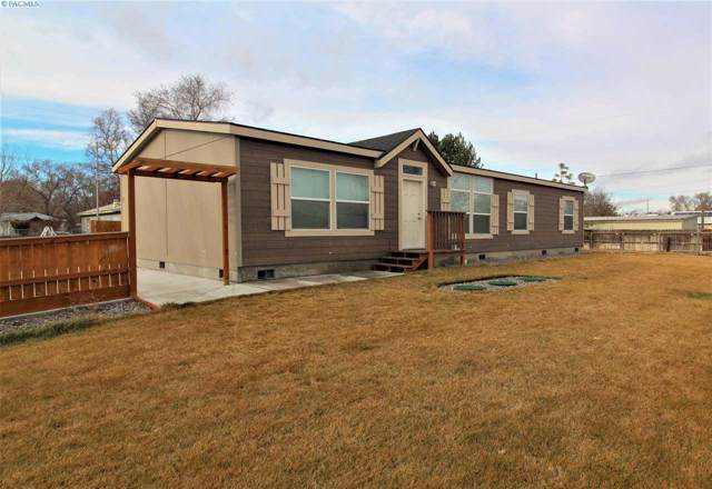 717 E 26th Avenue, Kennewick, WA 99337 (MLS #243198) :: Columbia Basin Home Group