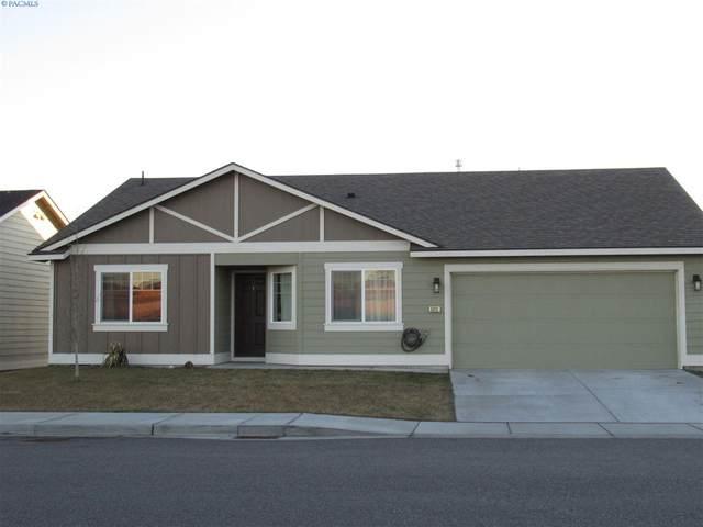 5812 Chapel Hill Blvd, Pasco, WA 99301 (MLS #243607) :: Community Real Estate Group