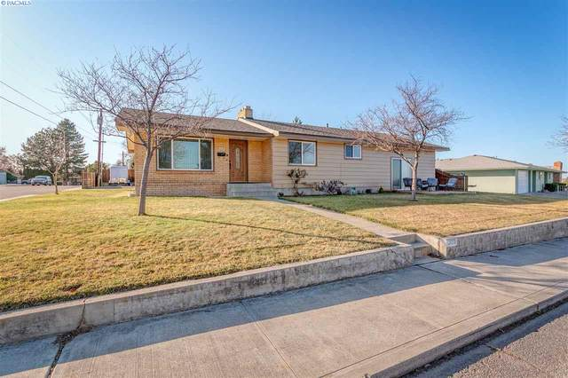 303 N Quincy St, Kennewick, WA 99336 (MLS #243723) :: The Phipps Team