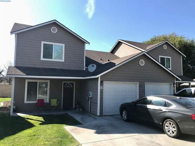 1817 W 19th Ave, Kennewick, WA 99337 (MLS #244484) :: The Phipps Team