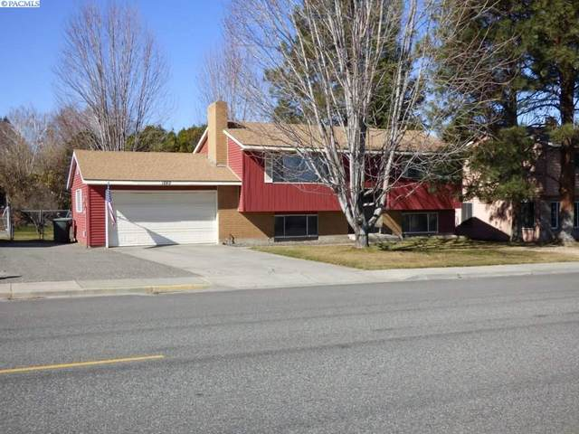 1849 Stevens Dr, Richland, WA 99354 (MLS #244523) :: Dallas Green Team