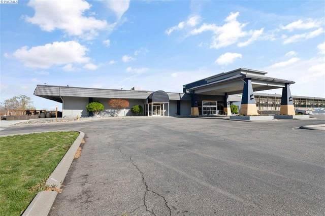 50 Comstock, Richland, WA 99352 (MLS #244616) :: Community Real Estate Group