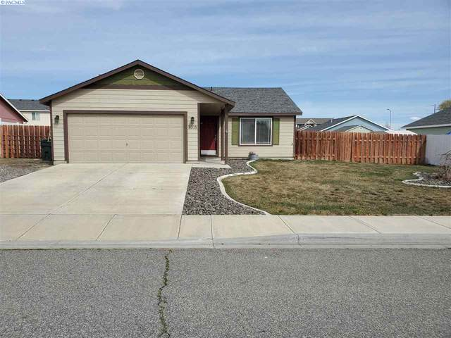 9315 Palomino Dr, Pasco, WA 99301 (MLS #244757) :: The Phipps Team