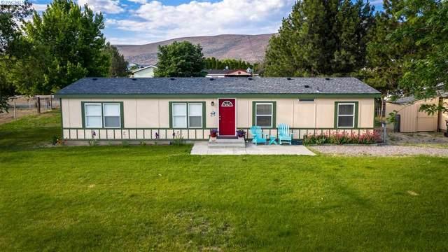 21003 E Ruppert Rd, Benton City, WA 99320 (MLS #245273) :: Community Real Estate Group