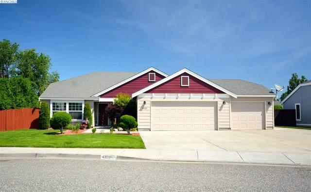 4326 W 9th Pl, Kennewick, WA 99336 (MLS #245889) :: Community Real Estate Group