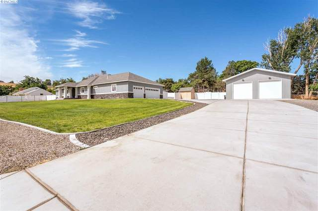 701 S 45th Ave, West Richland, WA 99353 (MLS #245946) :: Tri-Cities Life