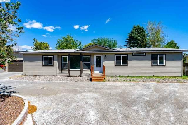 2150 W Vermont Loop, Kennewick, WA 99336 (MLS #246050) :: Beasley Realty