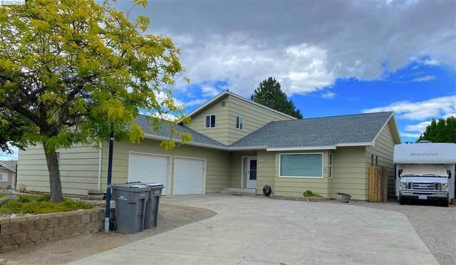 3611 S Benton Pl, Kennewick, WA 99337 (MLS #246456) :: Story Real Estate