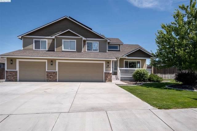 3900 Hazelwood Drive, West Richland, WA 99353 (MLS #246613) :: Story Real Estate