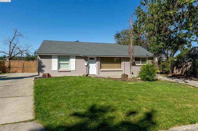 910 S Ione, Kennewick, WA 99336 (MLS #246794) :: Tri-Cities Life