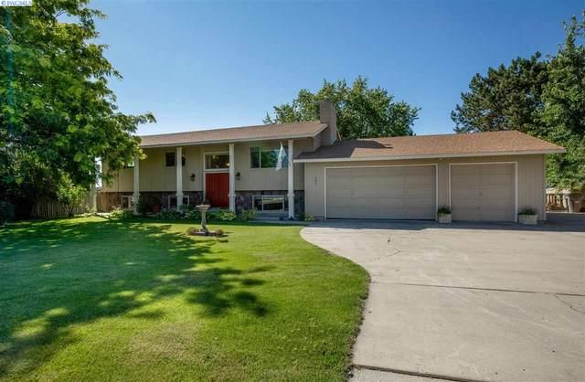 101 W 36th Pl, Kennewick, WA 99337 (MLS #246945) :: Community Real Estate Group