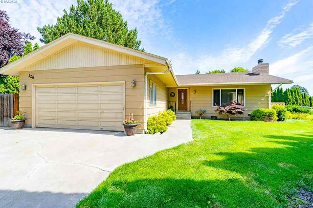 126 High Meadows St, Richland, WA 99352 (MLS #246953) :: Beasley Realty