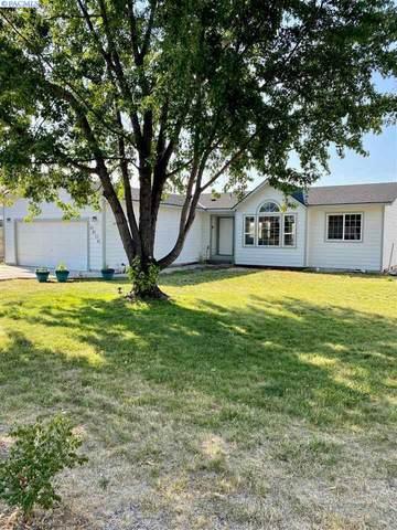 4014 Meadow View Drive, Pasco, WA 99301 (MLS #247494) :: Premier Solutions Realty