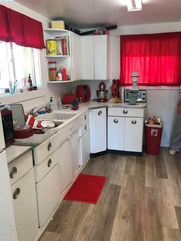 110 S Johnson St, Kennewick, WA 99336 (MLS #247582) :: Community Real Estate Group