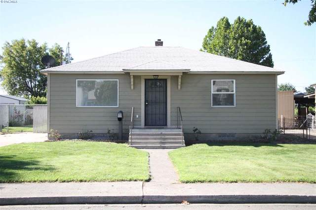 916 W Court St, Pasco, WA 99301 (MLS #247673) :: Dallas Green Team