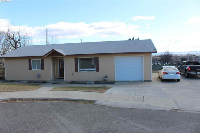 900 S 1st St., Sunnyside, WA 98944 (MLS #247828) :: Dallas Green Team