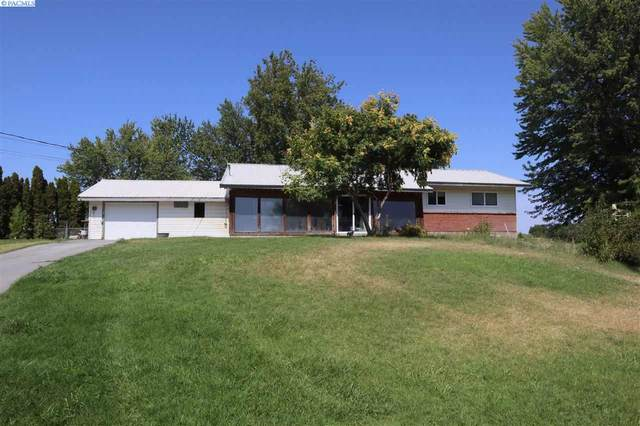31606 S Gerards Rd, Kennewick, WA 99337 (MLS #247830) :: Dallas Green Team