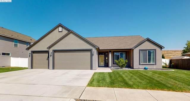 6560 W 33rd Place, Kennewick, WA 99338 (MLS #247860) :: Cramer Real Estate Group