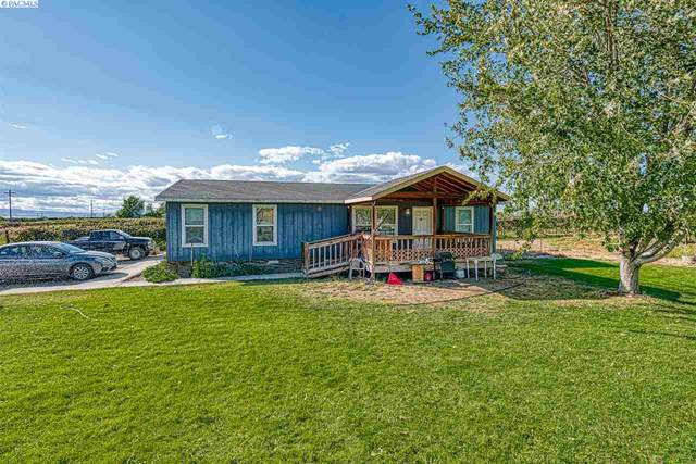 1263 Mountainview Rd, Grandview, WA 98930 (MLS #249013) :: Columbia Basin Home Group