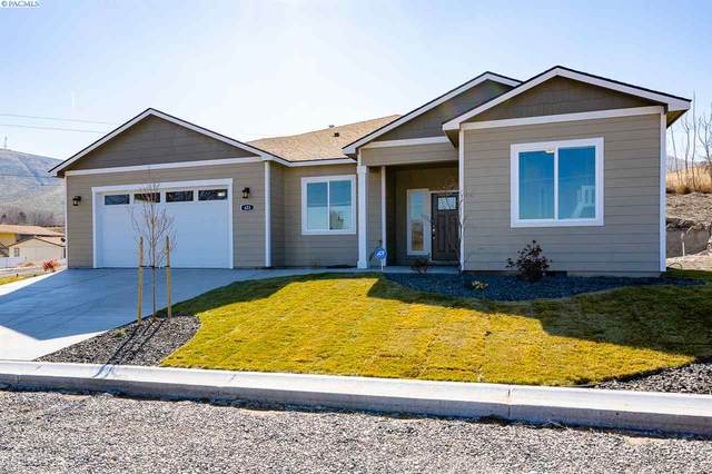 623 Vineyard Street, Prosser, WA 99350 (MLS #249189) :: Beasley Realty