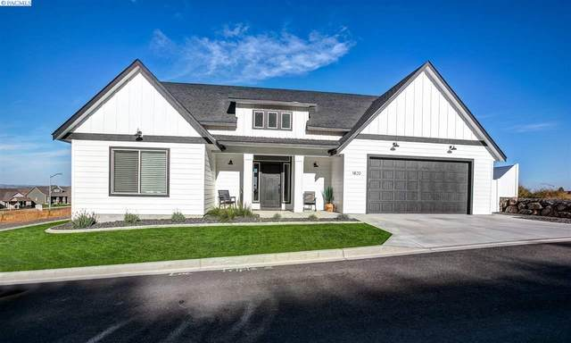 1820 Somers Ln, Richland, WA 99352 (MLS #249445) :: Dallas Green Team