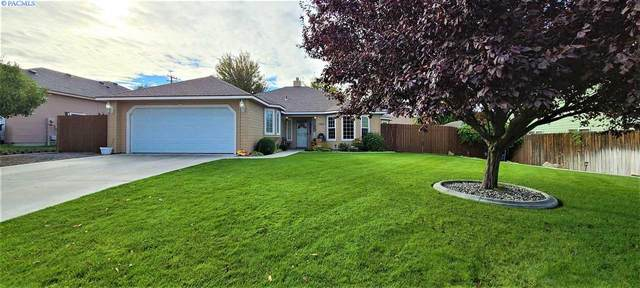 1305 S 45th, West Richland, WA 99353 (MLS #249496) :: Dallas Green Team
