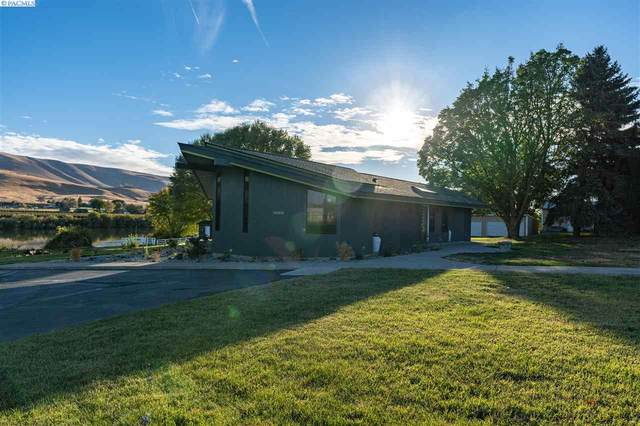142103 W North River Road, Prosser, WA 99350 (MLS #249524) :: Dallas Green Team