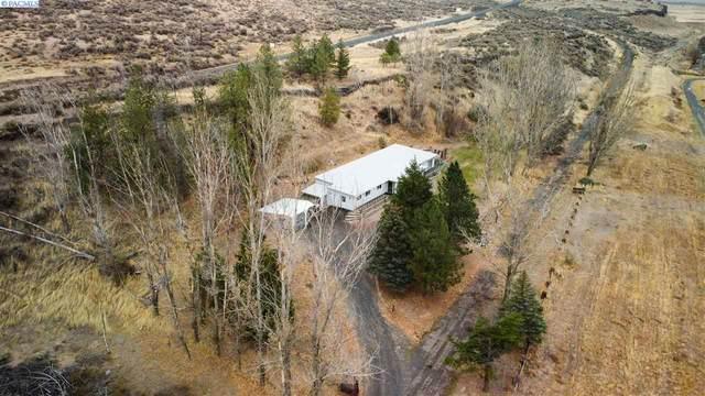 211 Kahlotus Lake Rd, Kahlotus, WA 99335 (MLS #249765) :: Community Real Estate Group