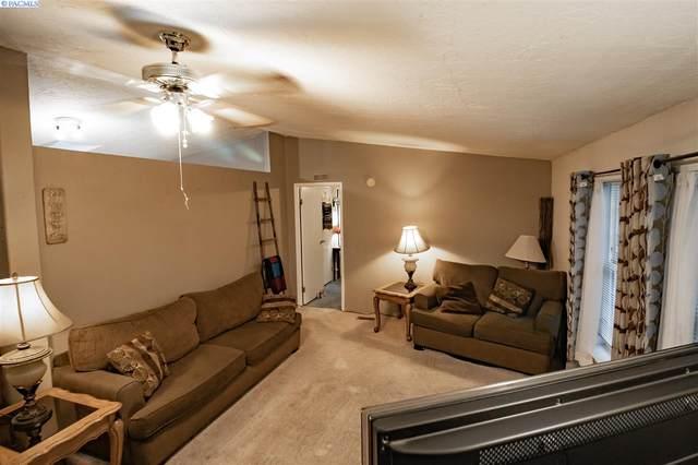 2207 N Nevada Ct, Kennewick, WA 99336 (MLS #250221) :: Cramer Real Estate Group