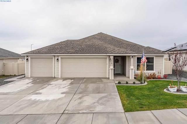 4318 Goldstream, Pasco, WA 99301 (MLS #250232) :: Community Real Estate Group