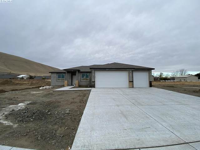 3643 Curtis Dr, West Richland, WA 99353 (MLS #250241) :: Community Real Estate Group