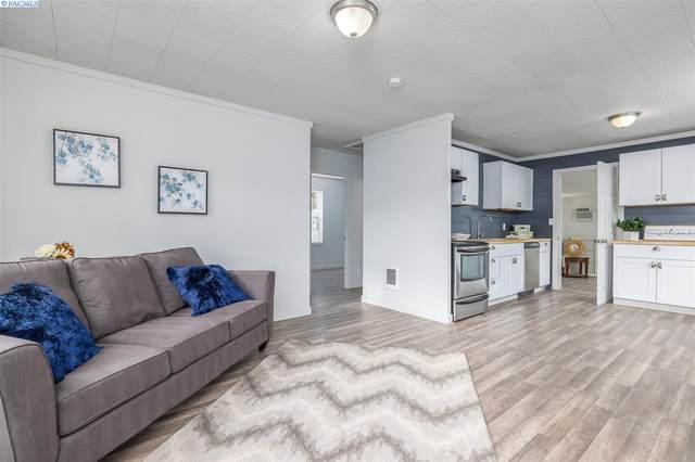 617 N 58th Avenue, West Richland, WA 99353 (MLS #250308) :: Beasley Realty