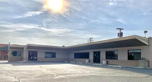 1600 N 20th Ave, Pasco, WA 99301 (MLS #250325) :: Columbia Basin Home Group