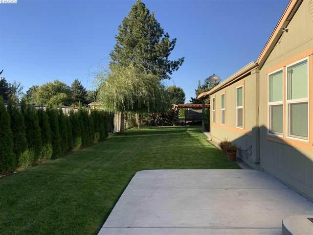 2607 W Nixon St, Pasco, WA 99301 (MLS #250354) :: Beasley Realty