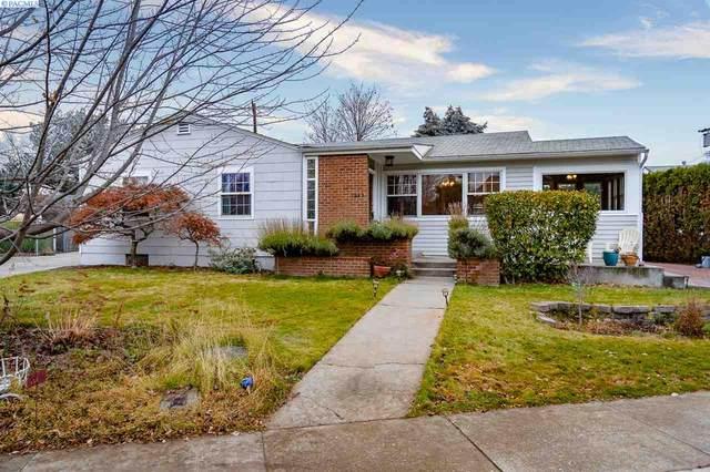 1943 Harris Ave, Richland, WA 99354 (MLS #250384) :: Beasley Realty